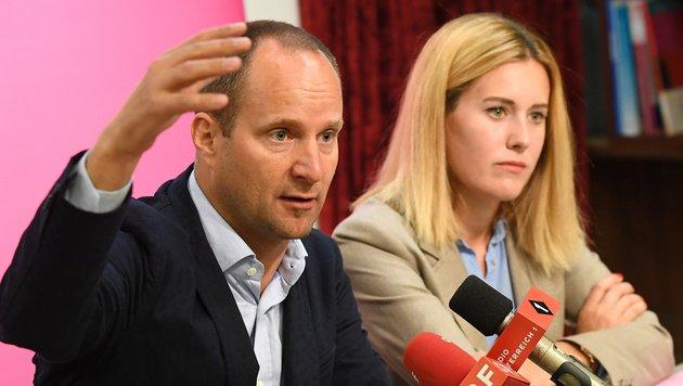 Pinke Zukunftsvision: NEOS wollen europäische Republik mit eigener Arm...