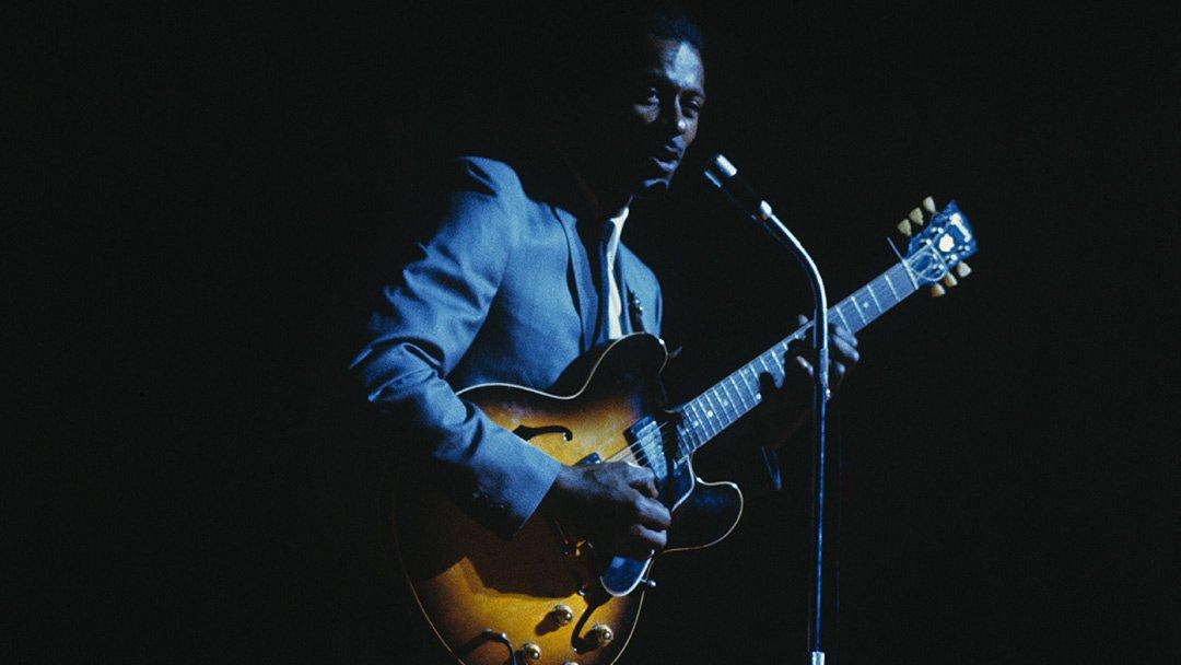 #MusicNews: Un inédit du pionnier du rock&#39;n roll #ChuckBerry dévoilé par sa maison de disques! Ecoutez    http:// ow.ly/k7r630ab4CF  &nbsp;  <br>http://pic.twitter.com/yOlkhVJH3I