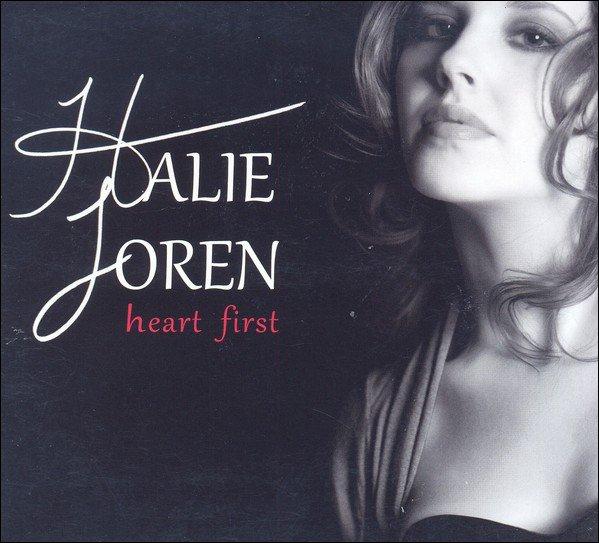 Halie Loren - C&#39;est si bon #jazz #OnAir  http://www. radioswissjazz.ch/de/musikdatenb ank/titel/145176e9438f78277fff3b94c00514593837c &nbsp; … <br>http://pic.twitter.com/gEdXP6cuUh