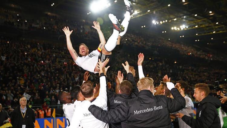 Lukas Podolski, Milli Takıma veda etti. https://t.co/2OgTqLRAiF