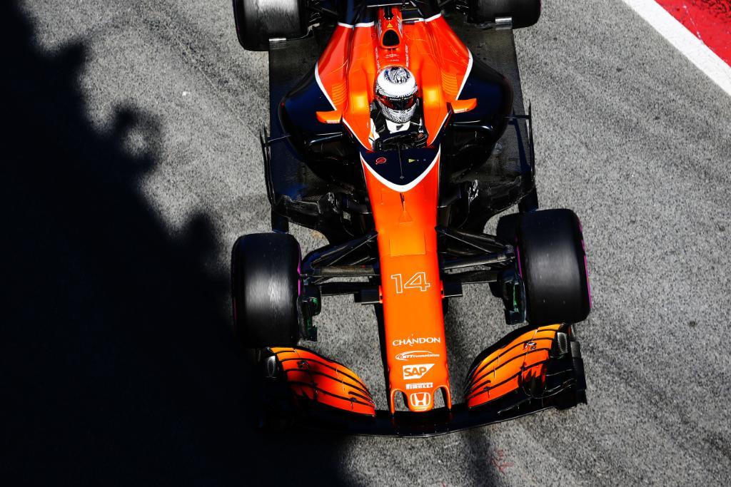 #F1jp 大幅なレギュレーション変更で、新時代に突入するF1世界選手権。McLaren-Hondaの3年目の挑戦が始まります。  http...