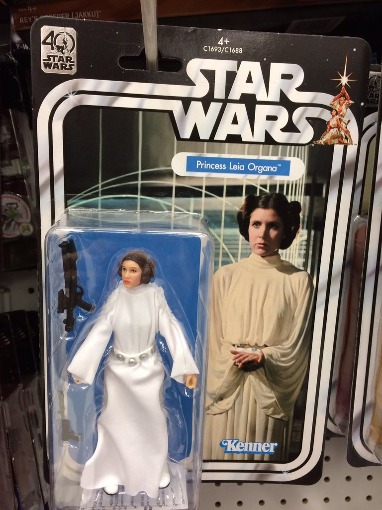 #StarWars #ANewHope 40th Anniversary #PrincessLeia discovered at @toysrusuk #BrentCross #London<br>http://pic.twitter.com/3ceISRqrJ7