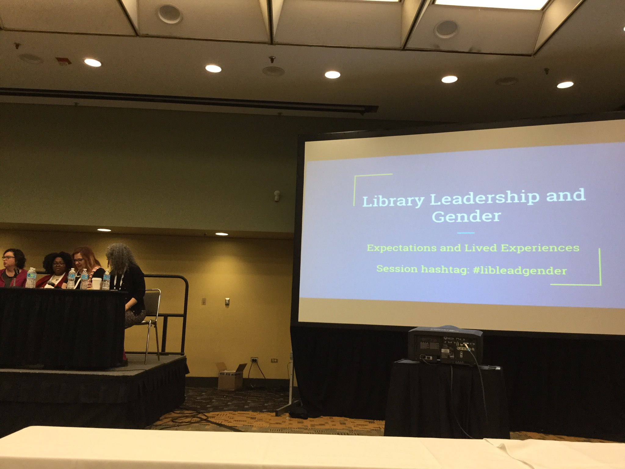 First session at #ACRL2017: #LibLeadGender. I appreciate that there are tables at the front of these rooms for note taking! https://t.co/yIArW4ro0l