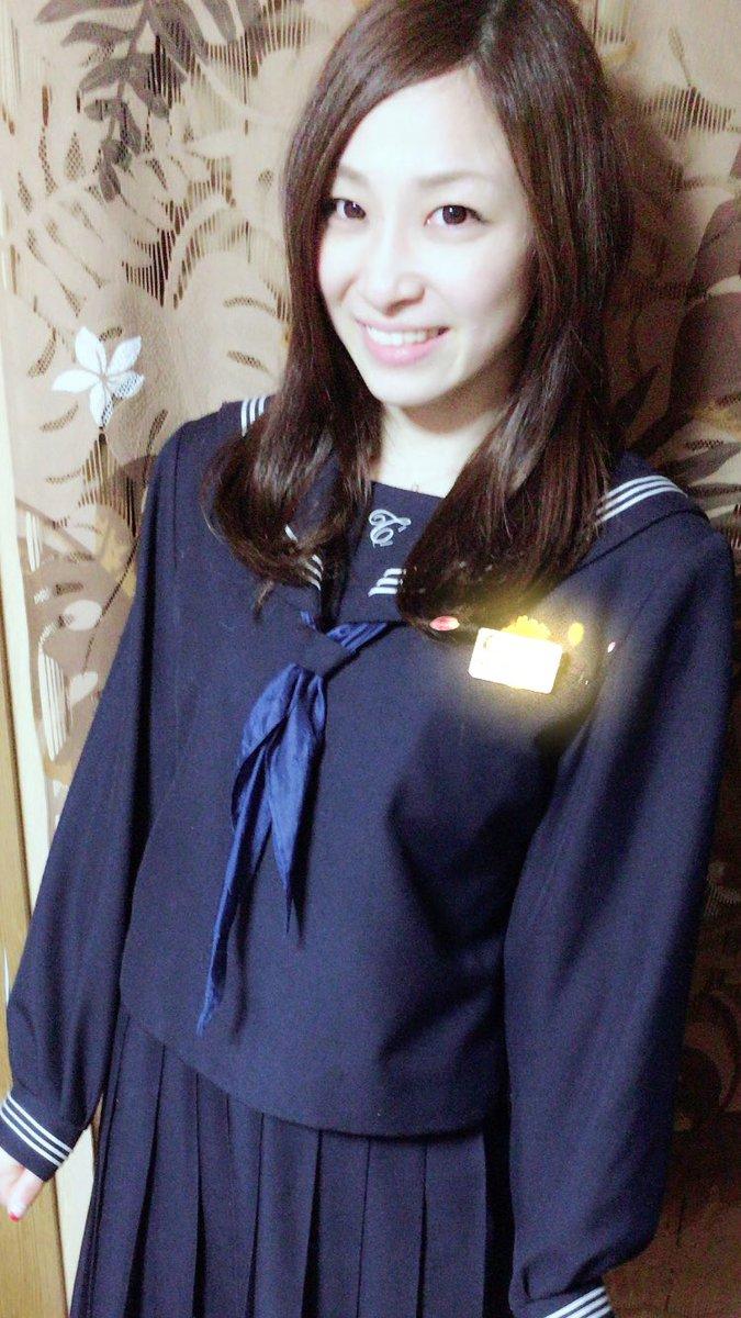 セーラー服のかわいい佐藤あり紗
