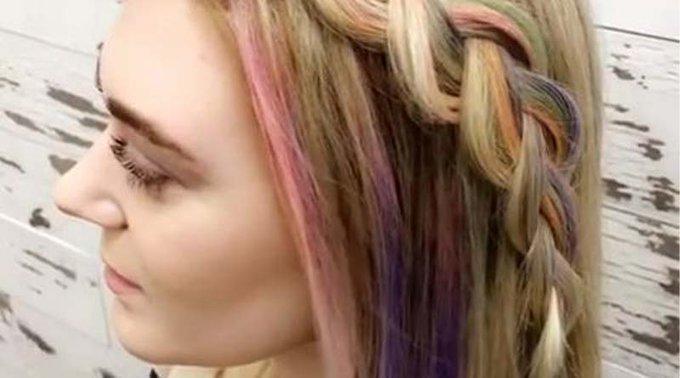 Changer de couleur de cheveux en quelques secondes