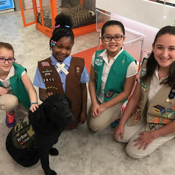 Made some awesome new friends today! cc: @girlscouts #TODAYPuppy