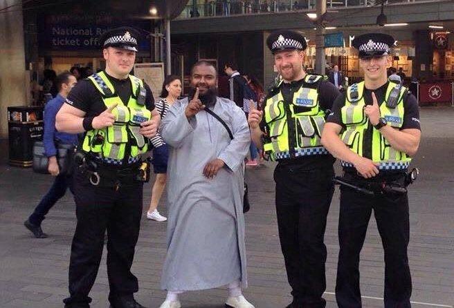 #Daesh revendique l&#39;attentat de #Londres (source @LCI)<br>http://pic.twitter.com/CCHpTr5THI