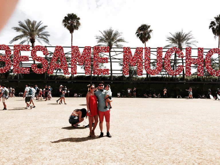 Last year I took my almost 10 month old to #Coachella. #OnTheBlog I share my experience &amp; why I took him --&gt;  https:// goo.gl/cd54iR  &nbsp;  <br>http://pic.twitter.com/6F5iC2bkja