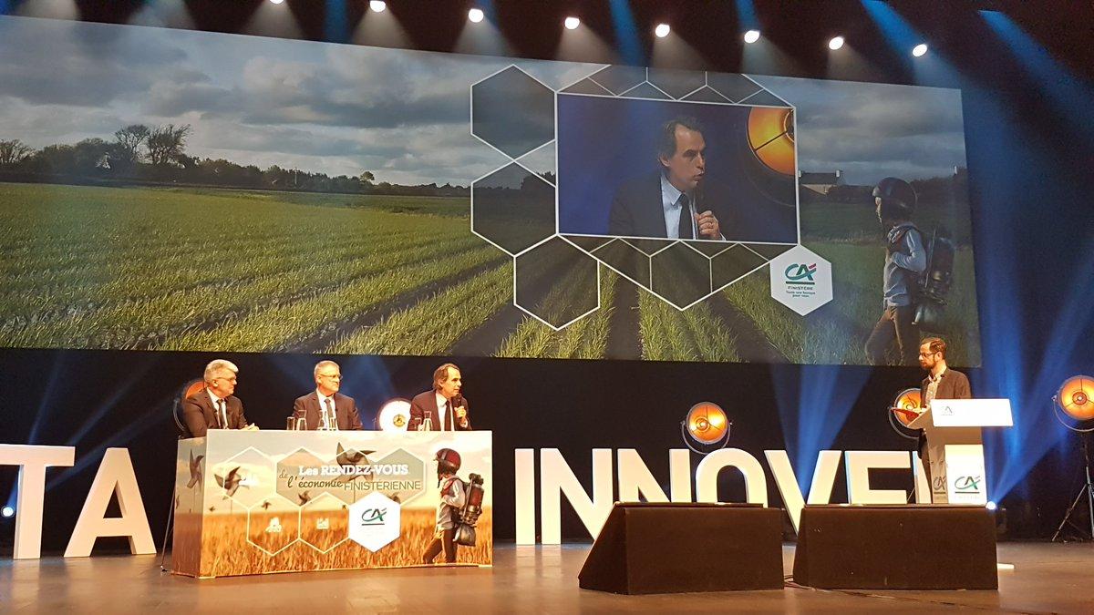 Le numérique a déjà commencé à  révolutionner l#agriculture#rdveco29 @PhDessertine #innovation #numerique<br>http://pic.twitter.com/EVN7V5zNZv