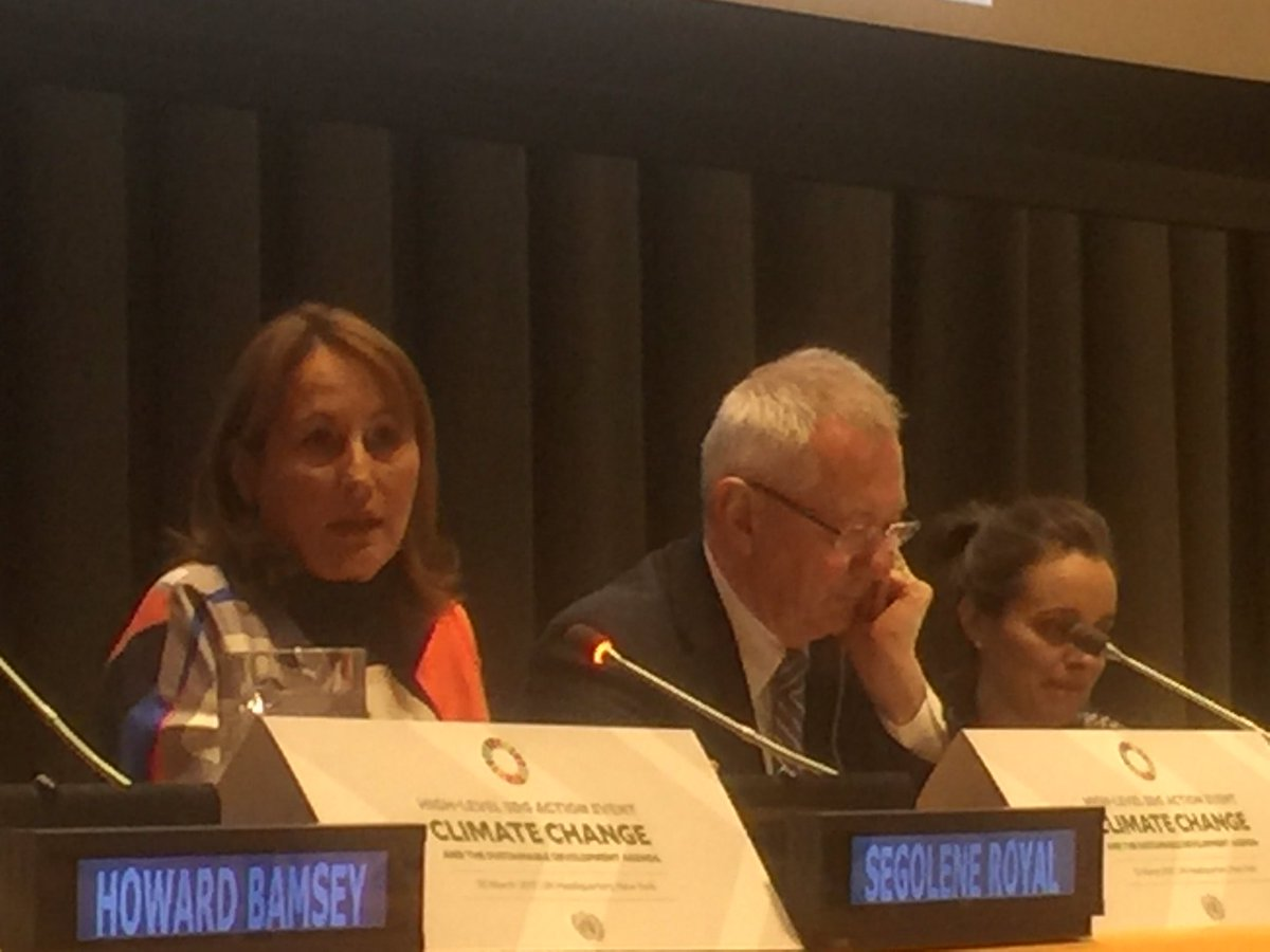 French Environment Minister Ségolène Royal speaks at high level event on #climatechange &amp; #SDGs at @UN HQ #ParisAgreement <br>http://pic.twitter.com/Irble4yJNc