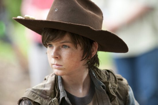 Carl grew very much. Became an adult, became strong. #TWD #Carl #son #growth #strong<br>http://pic.twitter.com/NsTDfvfaMR