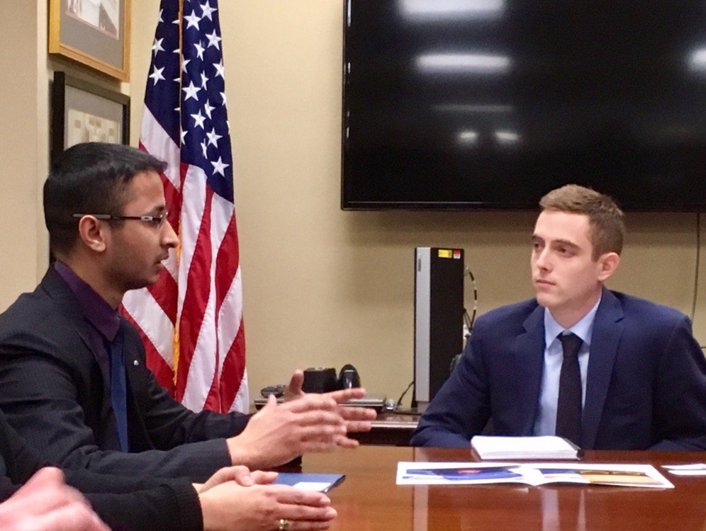 Here's Early Career Policy Ambassador @SanjeevK13 meeting with a @JohnCornyn staffer & generally killing it.  #sfnhillday #standupforscience https://t.co/DknrVlisgT