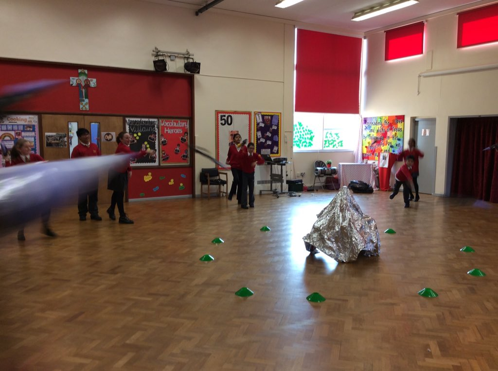 Y6 have been designing and testing rockets with @CommandoJoes