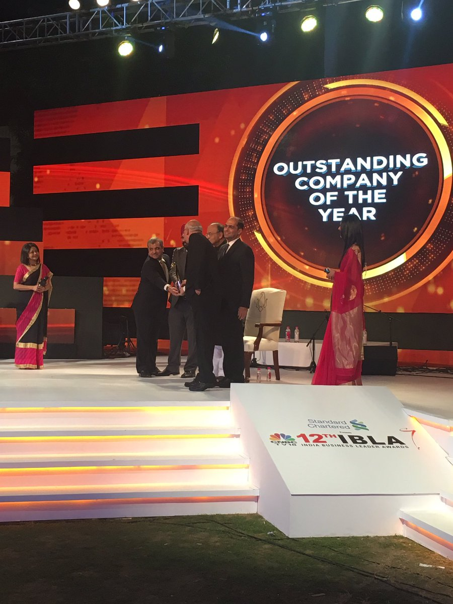 #CNBCTV18IBLA   @asianpaints wins Outstanding Company of the Year awar...