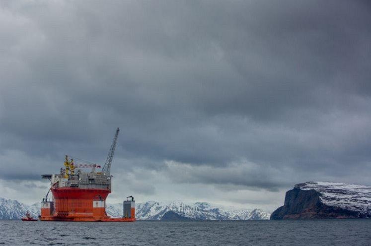 #OSPAR perd le Nord. Voir le compte-rendu de Robin des Bois  https:// goo.gl/93F95L  &nbsp;   #Arctique <br>http://pic.twitter.com/Nc47FmoVoN
