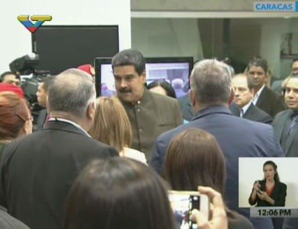 #EnVivo || El Pdte. @NicolasMaduro llega al Poliedro de Caracas a dar...