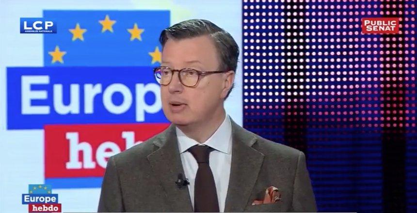 &quot;Les deux maux de l&#39;#UE sont l&#39;élargissement, et le libre-échange.&quot; #EuropeHebdo<br>http://pic.twitter.com/abLcraqcvD