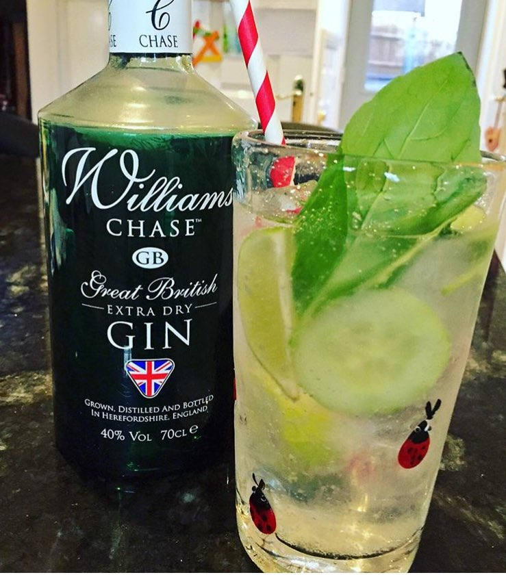 Gin cocktail time .... Basil, Mint, Cucumber & Lime ... #Gin https://t.co/7YXolzhRUX