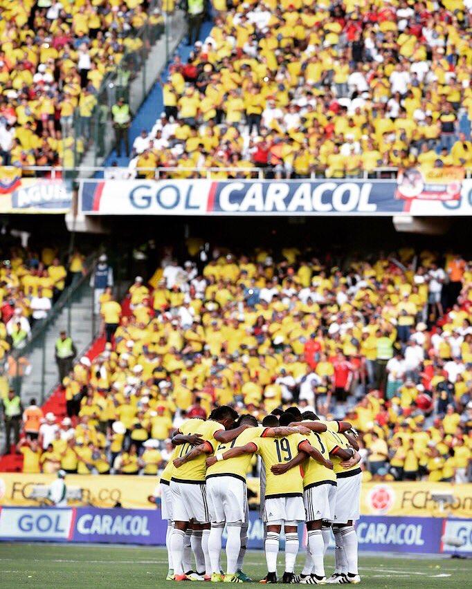 Este equipo puede! Juntos a por la victoria! Vamos Colombia! #familia...