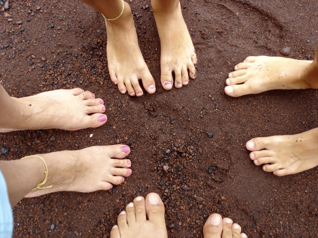 A6 love the black and red sand beaches in #Hawaii. @gohawaii #travel #...