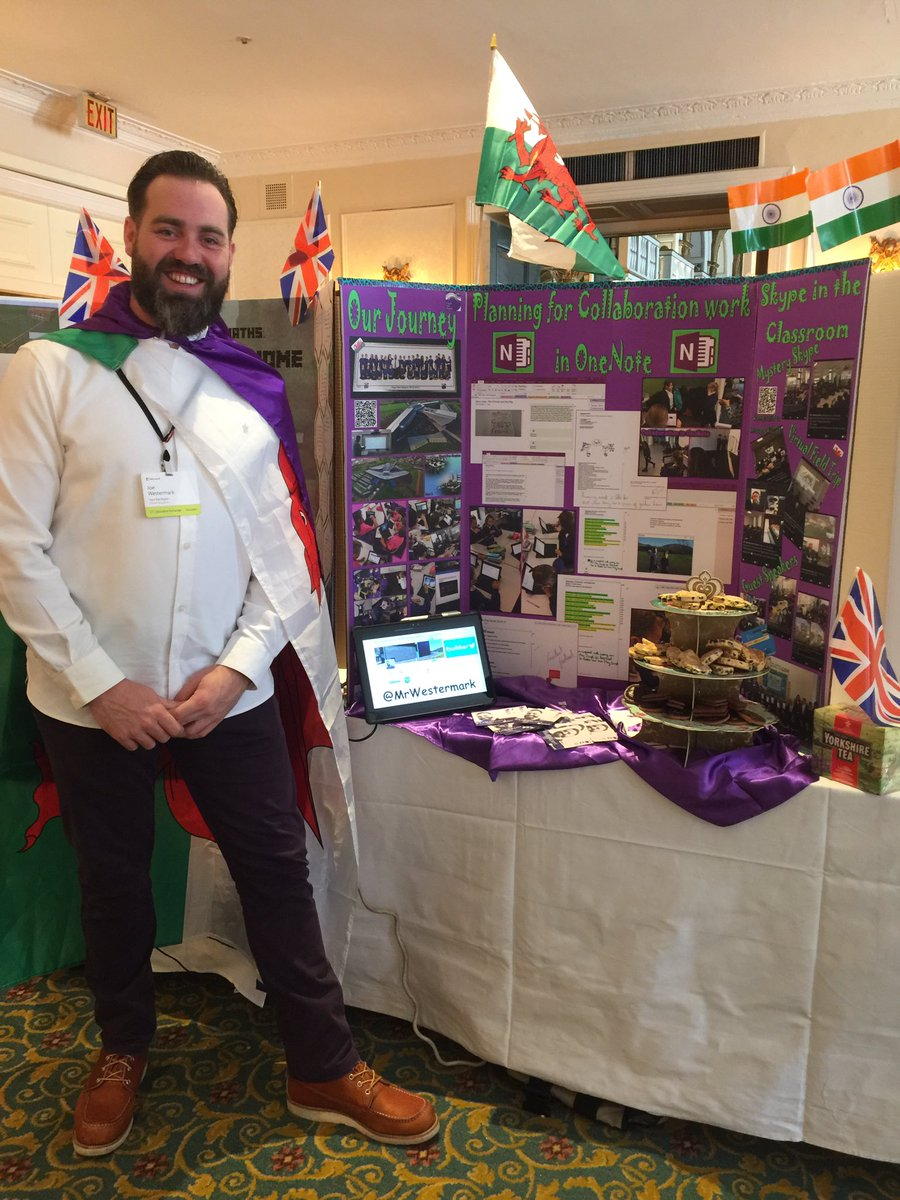 All set up at the #E2 #marketplace @MicrosoftEDU @OneNoteEDU @mtholfsen Giving structure #collaboration in @msonenote  Come and Say hello<br>http://pic.twitter.com/vdurWjFZqY
