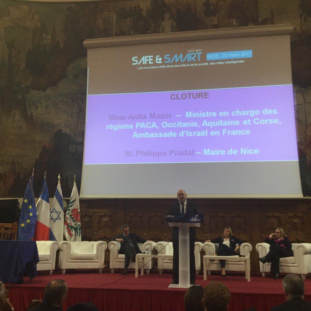 Conclusion @SafeSmartCity avec @p_pradal @VilledeNice @regionpaca @ElnetFr @ariebens @CPozmentier #safe #smart <br>http://pic.twitter.com/pDSW6wp3P3