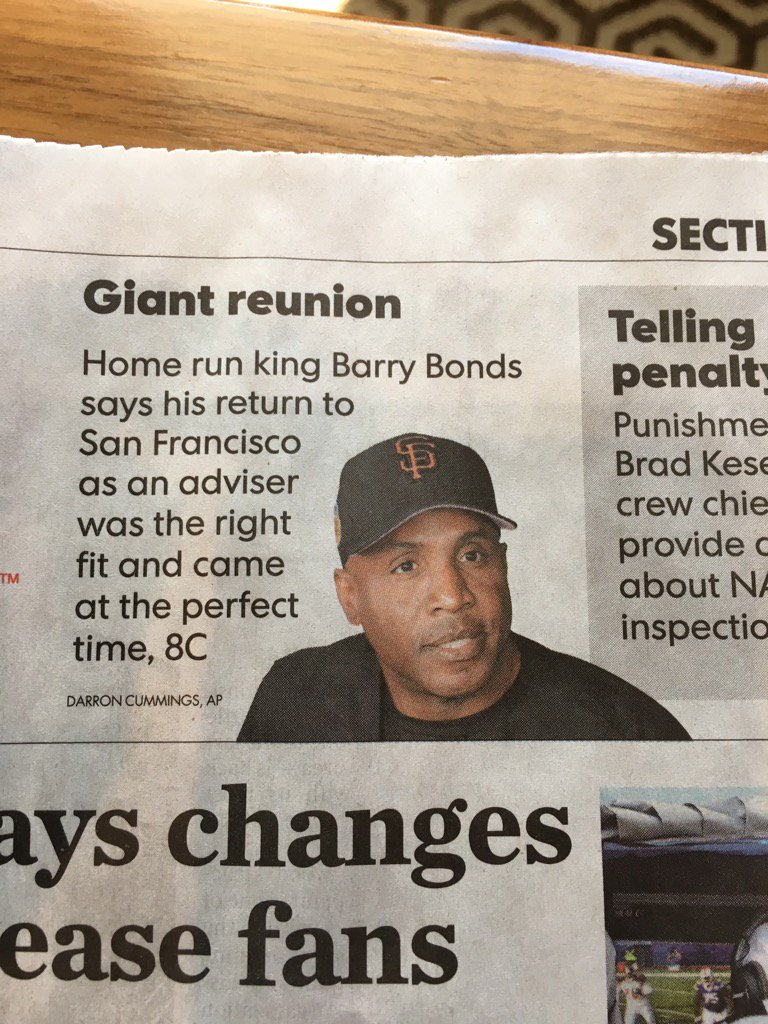 Barry Bonds to HOF? Yes, as long as we can have pigs fly over the induction-day stage. ##BarryBonds  #cooperstown<br>http://pic.twitter.com/TWWxAKRrsG