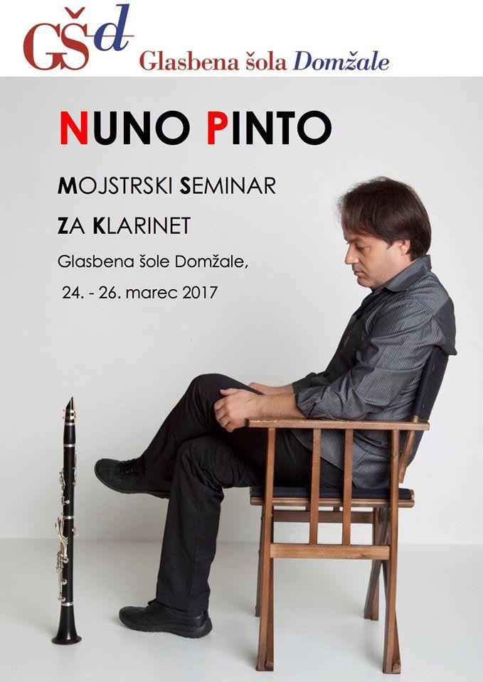 The great Portuguese #clarinetist Nuno Pinto - @pintonuno - in #Slovenia directing a #Clarinet #Masterclass! #music<br>http://pic.twitter.com/rzNKR6ihQZ