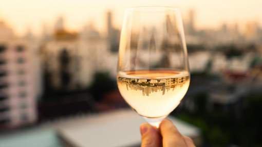 #WineEvening #Bon à savoir !Quel #vin pour #grossir moins?  http://www. 7sur7.be/7s7/fr/1524/Cu isine/article/detail/3112303/2017/03/23/Quel-vin-pour-grossir-moins.dhtml &nbsp; … <br>http://pic.twitter.com/C8p1UY5anS