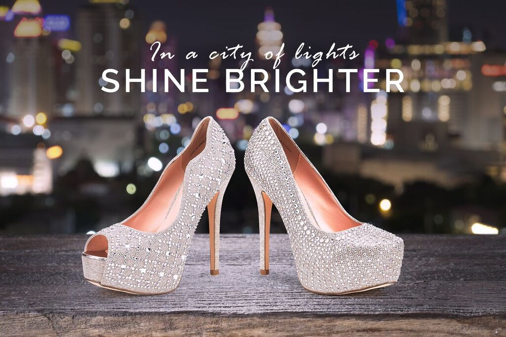 Shine Bright! See our Dream Pairs Swan-30 heels at  http:// bit.ly/2o0GlQY  &nbsp;   #shoes #shiny #brightlights #heels #silver #pump #rhinestone<br>http://pic.twitter.com/7SVC4uZGTd