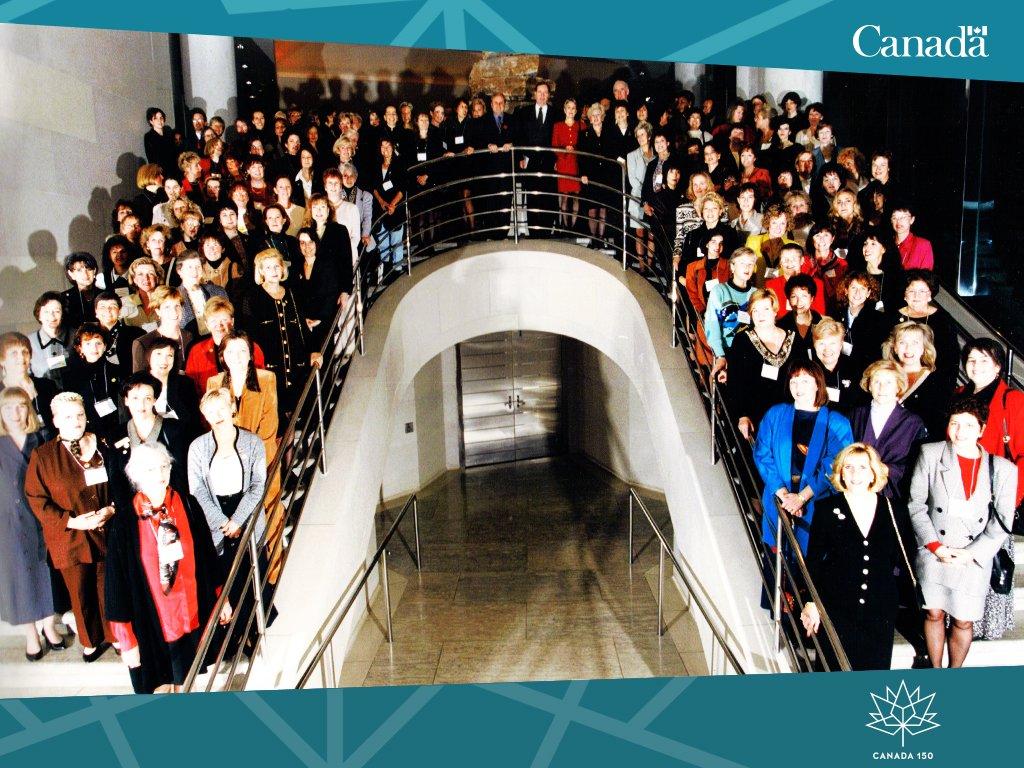 #RetourJeudi en 1997, lors de la 1re mission commerciale can. pour les femmes à #Washington; le fondement de #FACI.  http:// ow.ly/gAnh30acc1E  &nbsp;  <br>http://pic.twitter.com/mmq6PgBDaJ