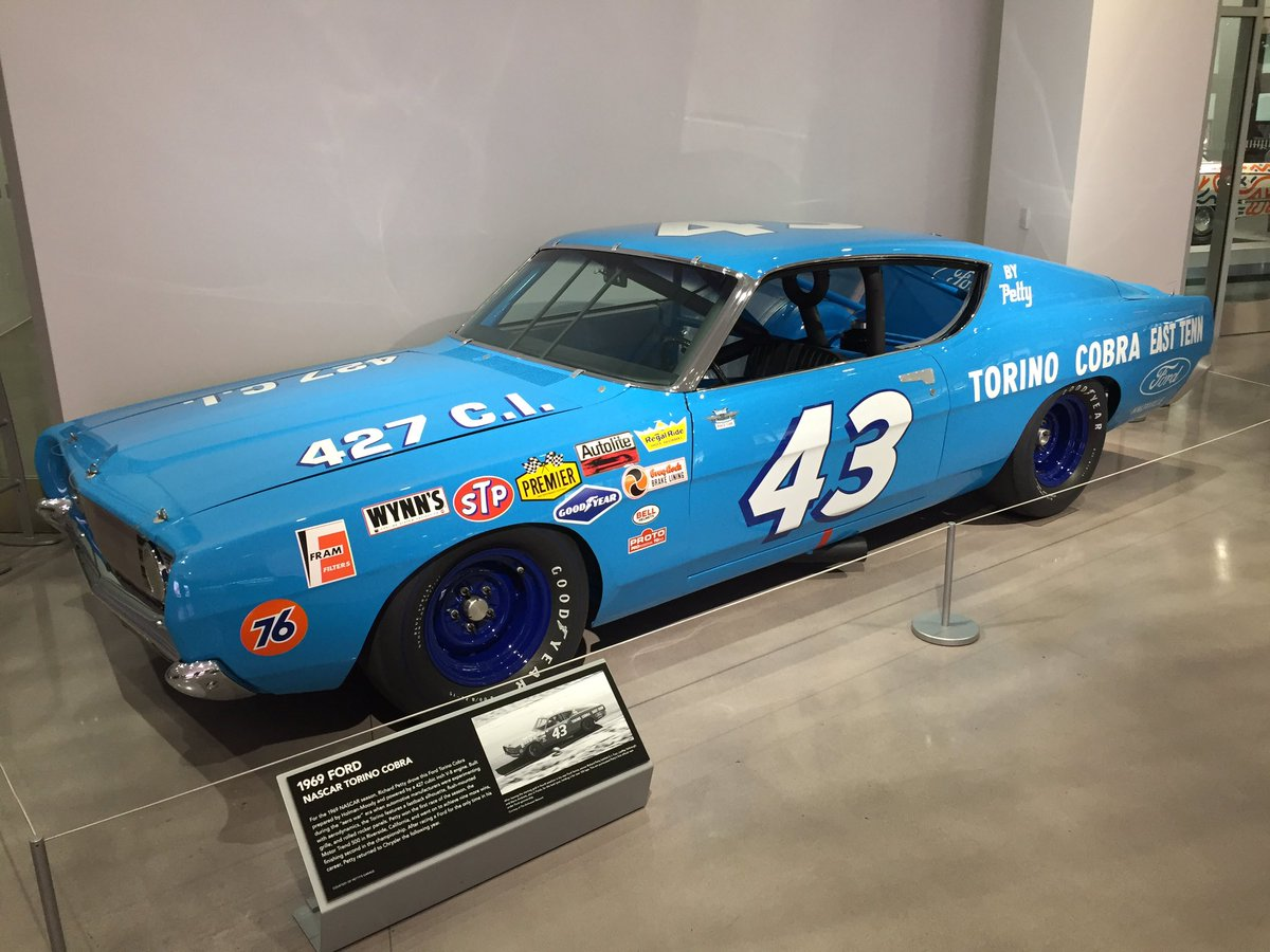 Ford Performance On Twitter Nascar Honoring Richard Petty 1969 Torino Co Tonight Petersen Museum And His 69 Cobra Is Display Won 9 Times In This Beauty