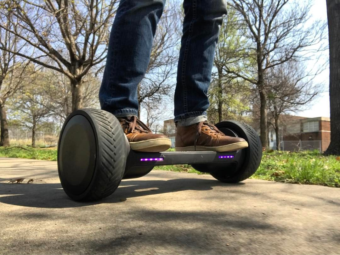 Mark Cuban's hoverboard will hit Kickstarter in April