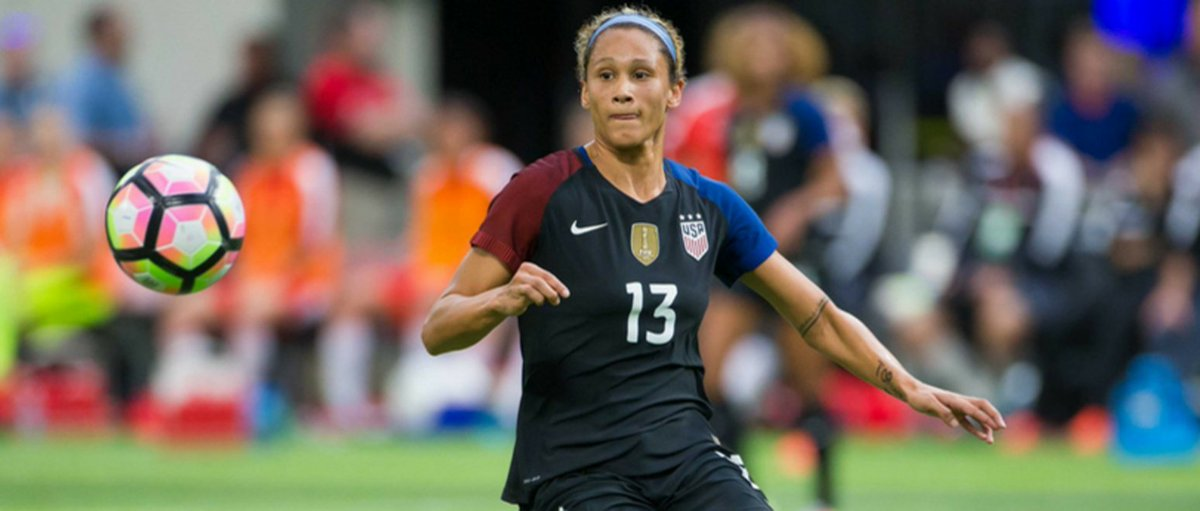 Lynn Williams will be back at it with the #USWNT next month against Russia! Release:  http://www. pepperdinewaves.com/sports/w-socce r/spec-rel/032317aaa.html &nbsp; … <br>http://pic.twitter.com/L4EomyEHOy