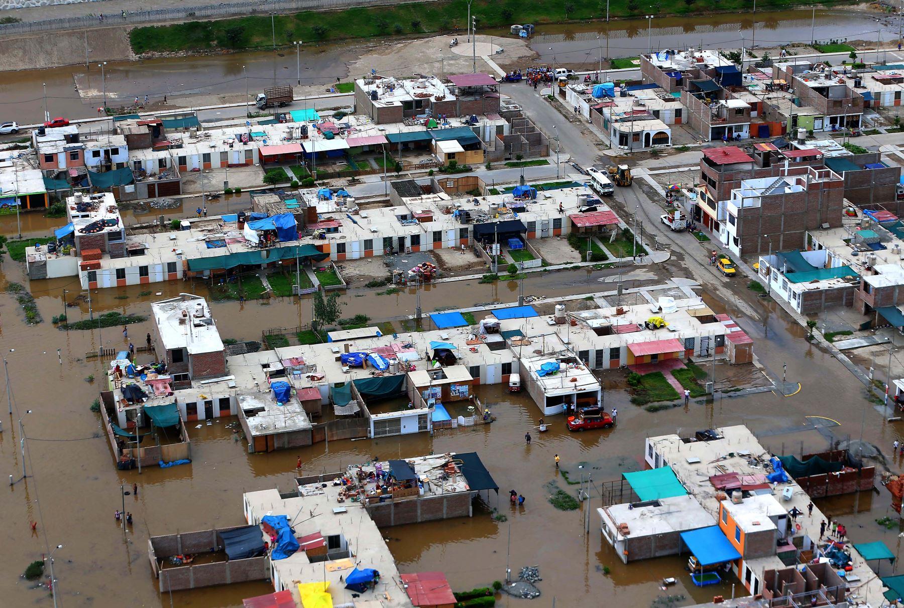A 84 se eleva cifra de víctimas mortales por desastres naturales ► https://t.co/5ZxKi8mcGP #UnaSolaFuerza https://t.co/IK6B5oarA9