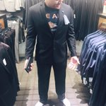 Caught @RickFox's son picking up a RS Distinction suit before meeting @NeilTyson looks absolutely stellar
