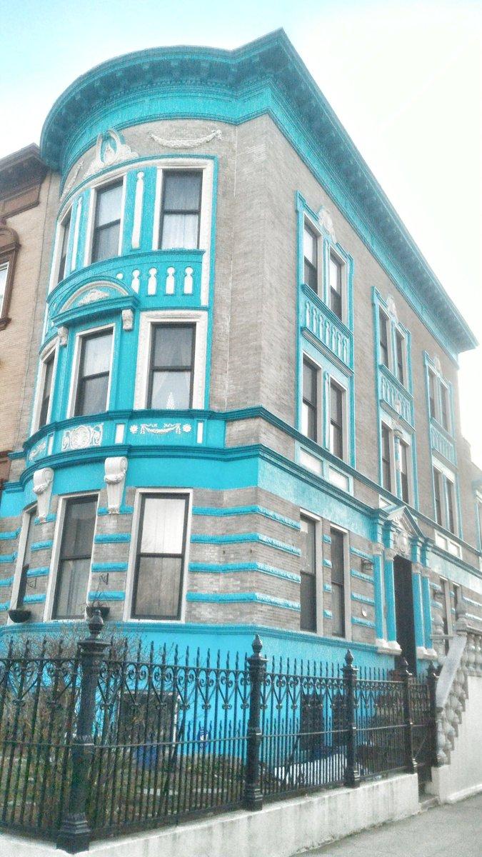 RT @Shmuli: @Netherlanders a house in Brooklyn! https://t.co/eIGyCrh0Yj