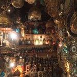 カイロのランプ屋さん。基本的に「撮影不可」のランプ屋さんが多いので「今、中国人の観光客増えてるでしょ…