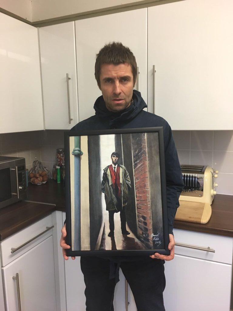 Liam Gallagher Wears (@LGWears) | Twitter Liam Gallagher Twitter