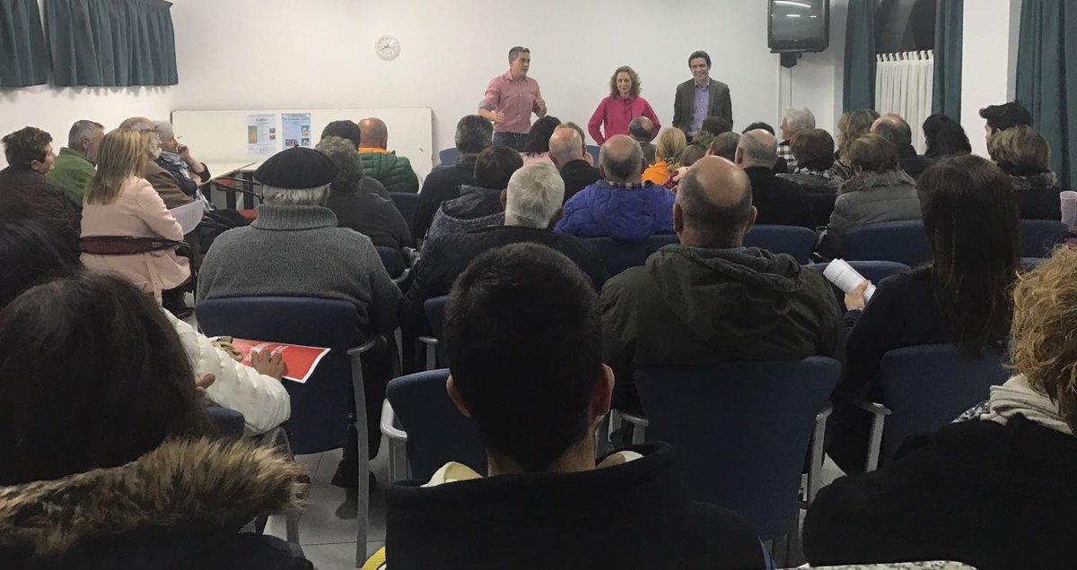 Hoy #Unquera se quedó pequeño para hablar del proyecto de @sanchezcastejon #SomosSocialistas #SiEsSi #Futuro #Ilusion #PSOE @Cant_con_Pedro<br>http://pic.twitter.com/d5w8TdDlQY