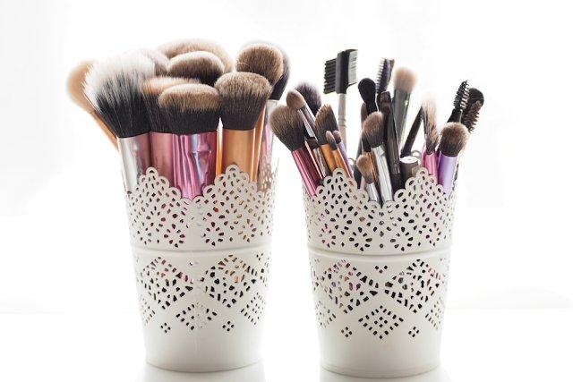The Makeup Brush Washing Chore