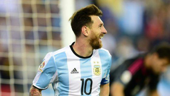ميسي يسجل الهدف الأول للأرجنتين في شباك تشيلي
