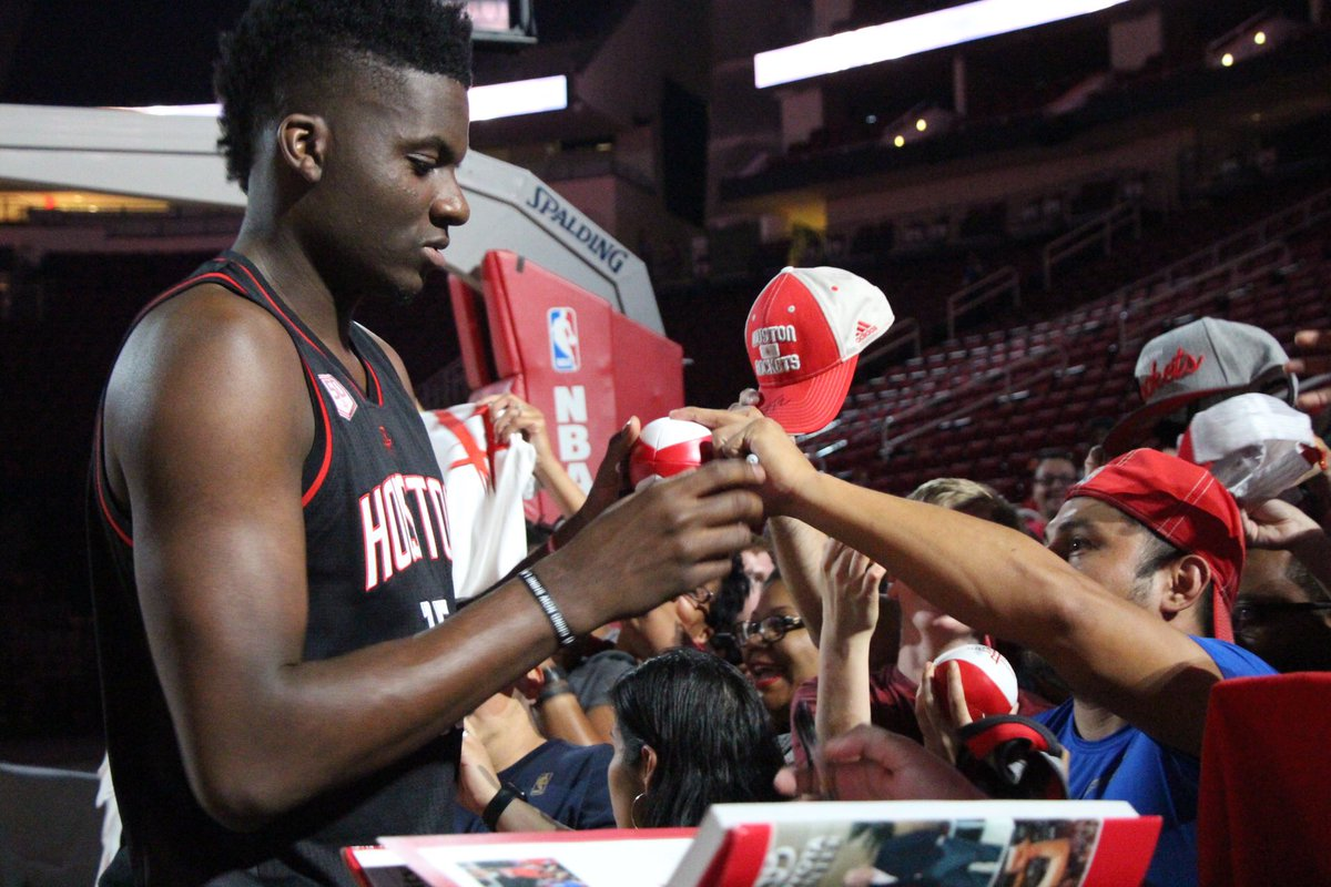 Se season tickets for houston rockets - Houston Rockets On Twitter The Squad Hanging Out At Our Exclusive Season Ticket Members Event Rockets Open Court Https T Co Pbmsrbajbj