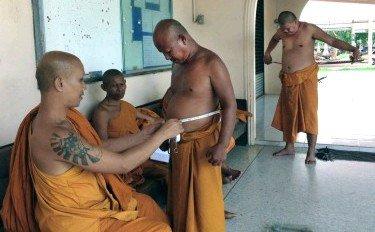 タイ僧侶の半数がメタボ 経済成長で供物が高カロリー化 #西日本新聞 #タイ僧侶 https://t.co/PYtA7FWlhC