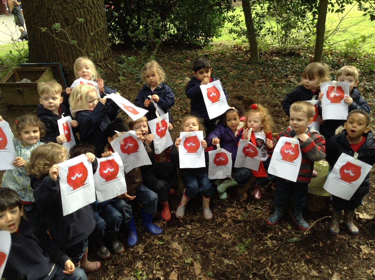Pre-School have been on a hunt around #ForestSchool to find all of the &#39;lost&#39; Red Noses. #RedNoseDay @bbcmtd @rednoseday @rednosedaysch<br>http://pic.twitter.com/DkEMYTZki3