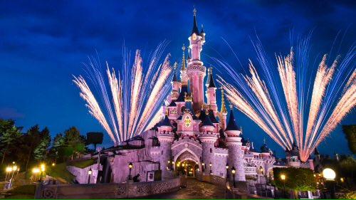 Ce 26 Mars 2017, DisneyLand Paris fêtera (déjà) ses 25 ans !  #DisneyLandParis <br>http://pic.twitter.com/gYGT1zgNTd