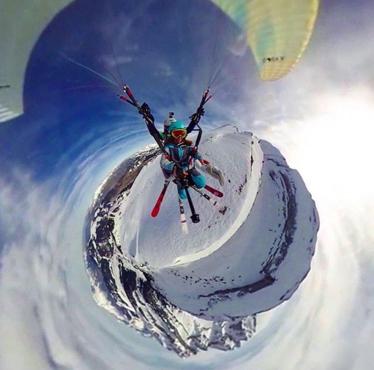 Wow !  Une photo plutôt canon par notre ambassadrice Meryl Delferriere #sport #parapente #360 <br>http://pic.twitter.com/63JsebupUs
