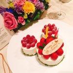昨日はディズニーのミラコスタで、私のだーいすきな人達がお誕生日お祝いしてくれましたっ🌟美味しいご飯食…