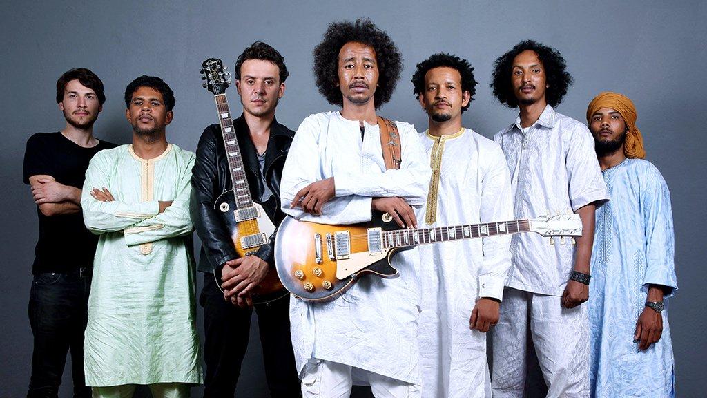 @Tamikrest et la ville du désert  Nouvel #album #Kidal   http:// rfi.my/2n1mP6M  &nbsp;   @Glitterbeat_Rec #Mali<br>http://pic.twitter.com/sIxcubyZxD