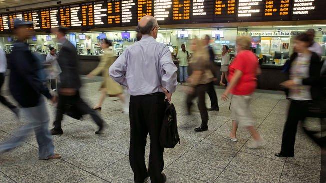 #BREAKING: Amtrak train apparently derails in Penn Station, #NJTransit...